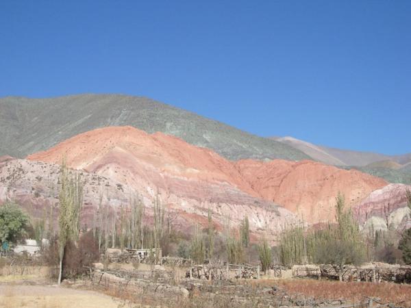 Montagne aux 7 couleurs