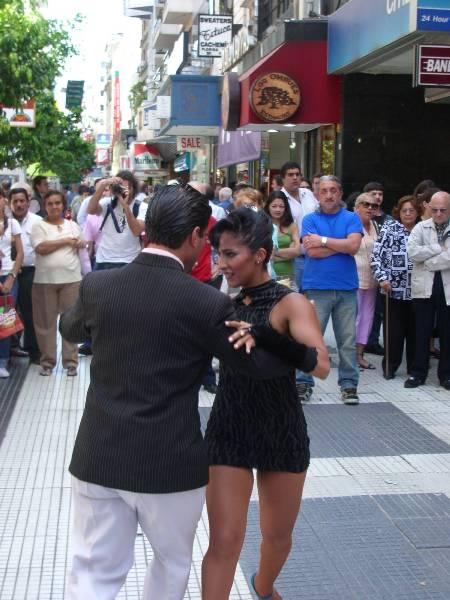 Tango quand tu nous tiens!! Rue Florida - Buenos Aires