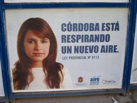 Cordoba respire mieux depuis qu\'on ne peut plus fumer dans les bars